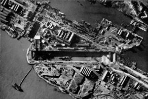 St_Nazaire_1942_aerial[1]