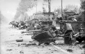 Villers-Bocage, zerstörte Militärfahrzeuge